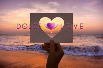 amor-romance-perforado-corazon-papel_53876-87
